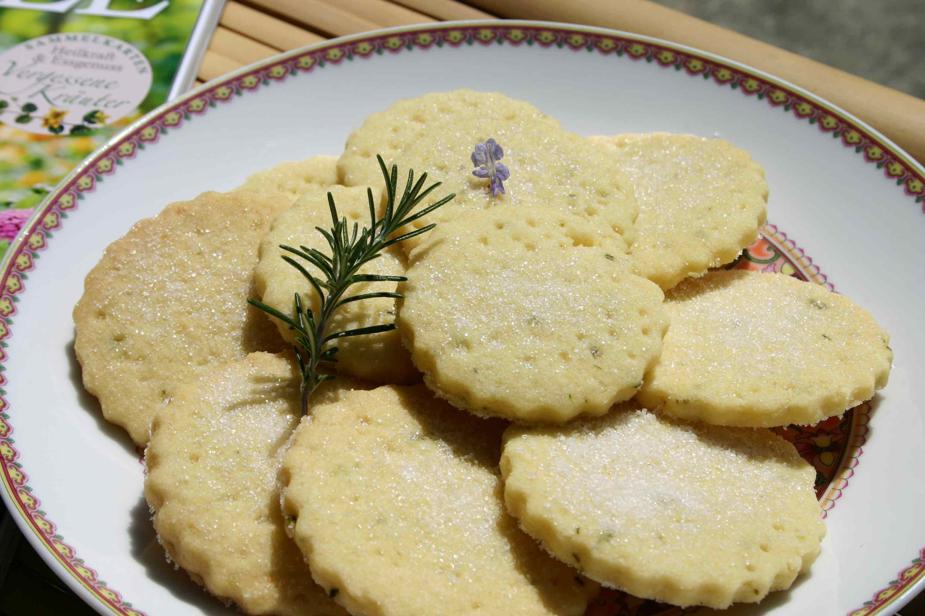 lemon shortbread with fresh rosemary recipe dishmaps rosemary lemon ...