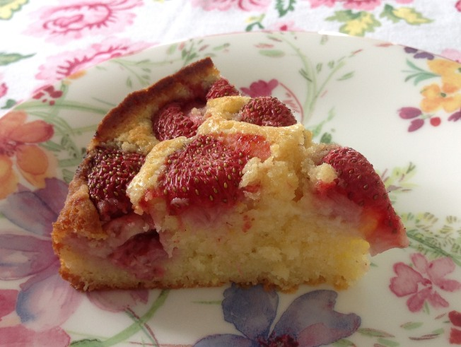 StrawberryLemon Cake1