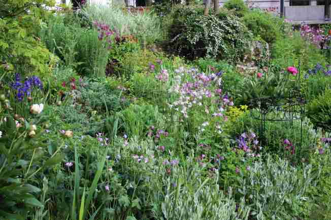 GardenWalk95
