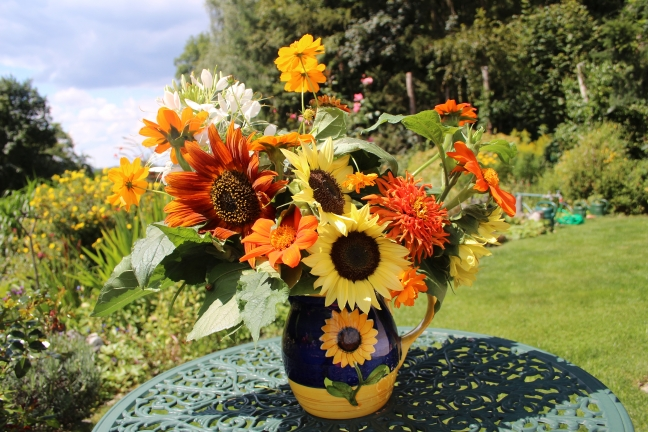 SunflowerVase3